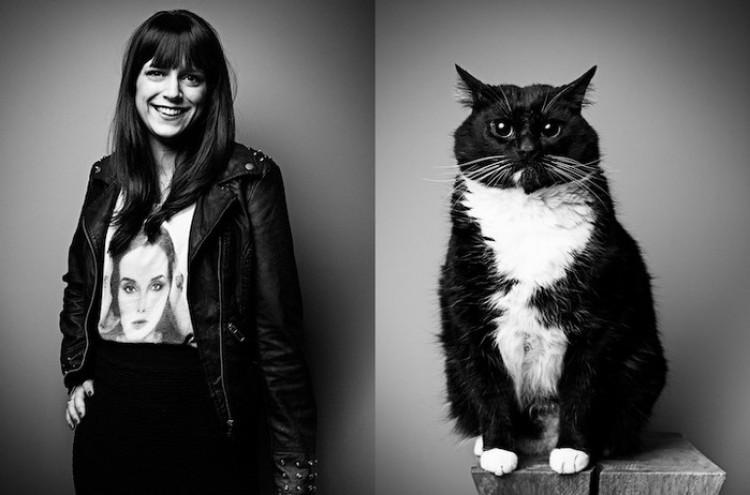 Kto kogo oswoił: portrety zwierząt i ich właścicieli w projekcie fotograficznym Tobias'a Lang'a.