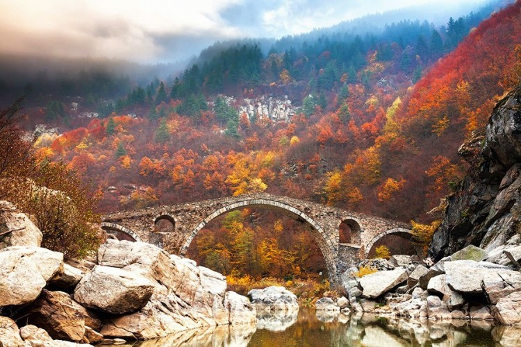 Diabelski Most w górach Rhodope, Bułgaria