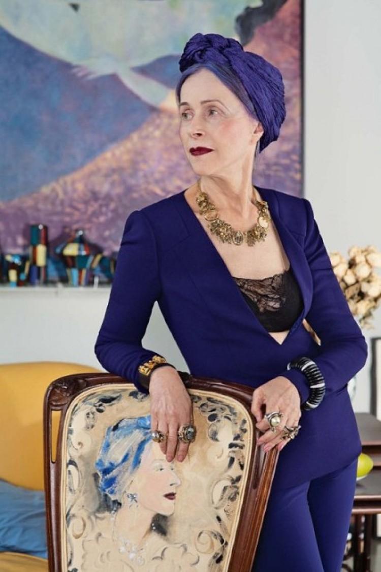 Dostojna Beatrice, 73 lat.