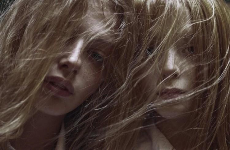 Wiatr we włosach. Marta Bevacqua.
