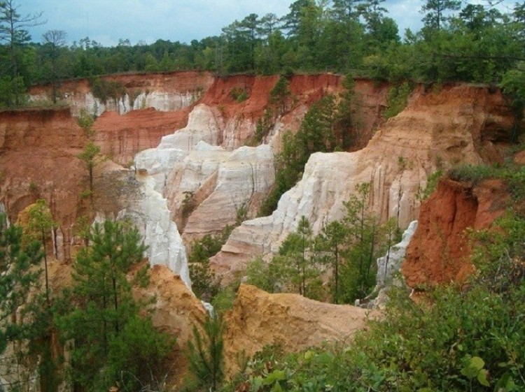 Kanion Opatrzności (Providence Canyon). Georgia. Stany Zjednoczone