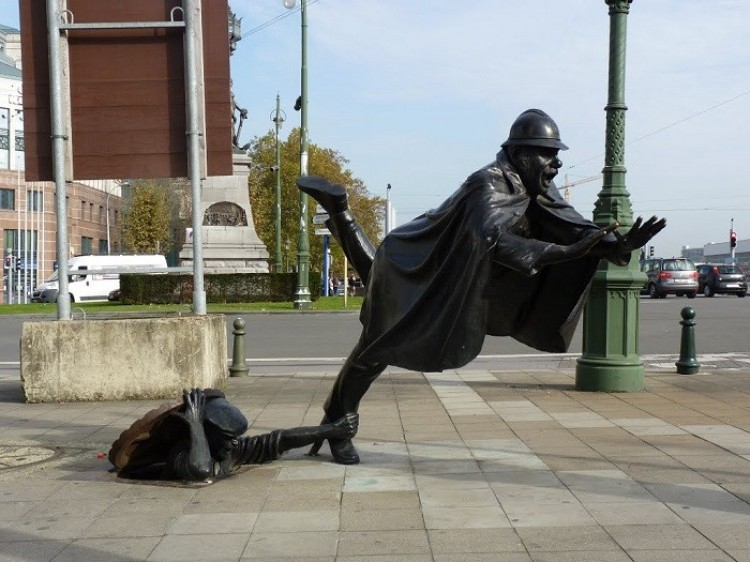Żart nad policją, Bruksela, Belgia