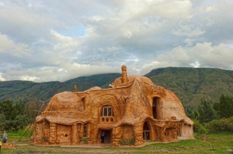 Terakotowy dom