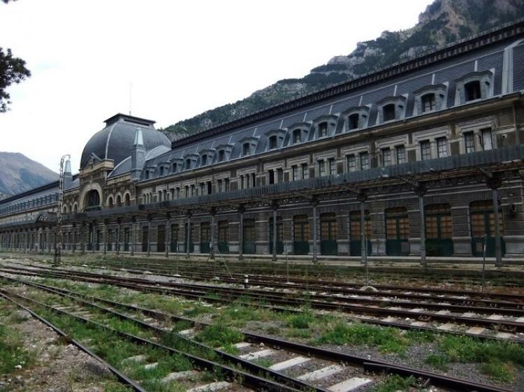 Dworzec kolejowy w Canfranc, Hiszpania