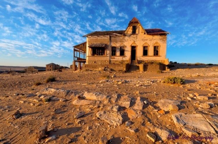 Miasto widmo Kolmanskop, Namibia.