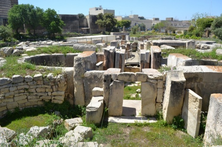 Świątynia w Tarxien (3250 pne)