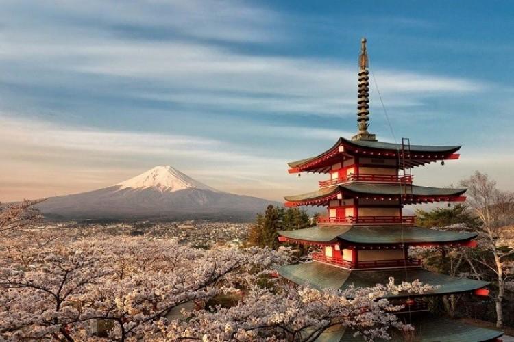 Fuji wulkan na wyspie Honsiu w Japonii.
