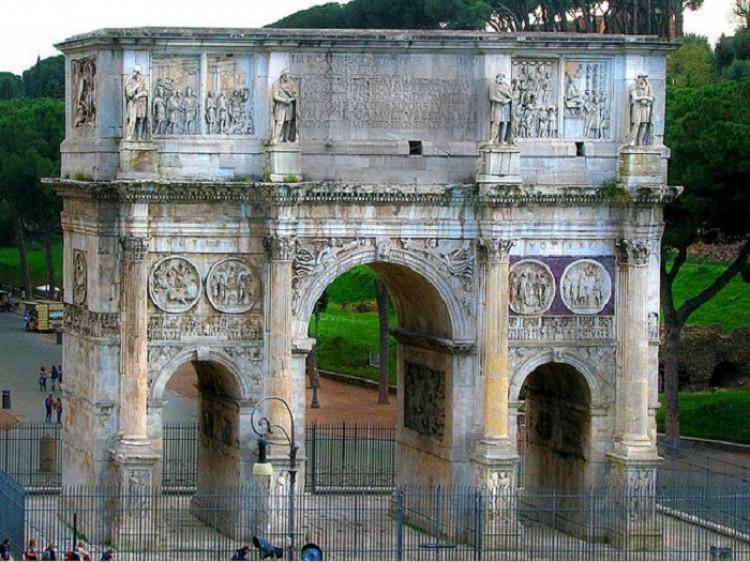 Łuk Konstantyna. Rzym. Włochy
