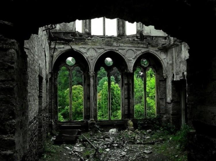 Hafodunos Llangernive Hall, w Północnej Walii