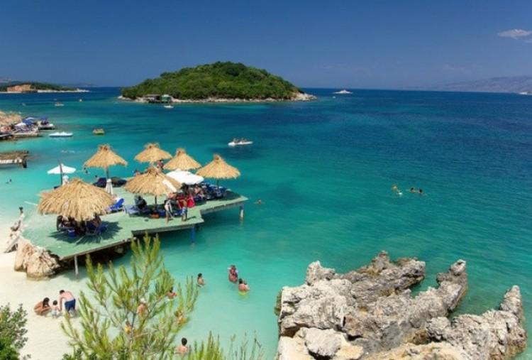 CCAY Plaża w Albanii