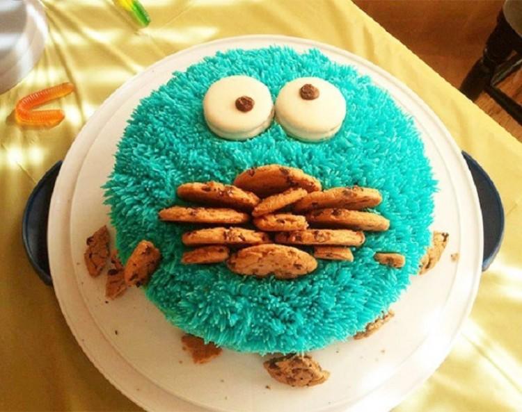 Pyszne ciasto dla dzieci.