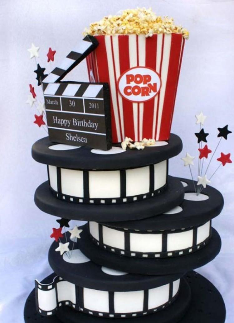 Tort urodzinowy z serii