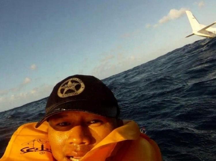 Selfie pod czas awiokatastrofy.