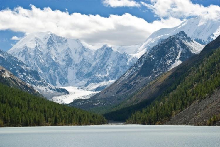 Majestatyczne Góry Ałtaj, Rosja.