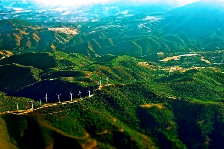 Wiatraki w górach Hiszpanii.