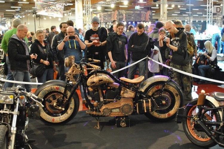 Recydywista wystawa motocykli w Niemczech.
