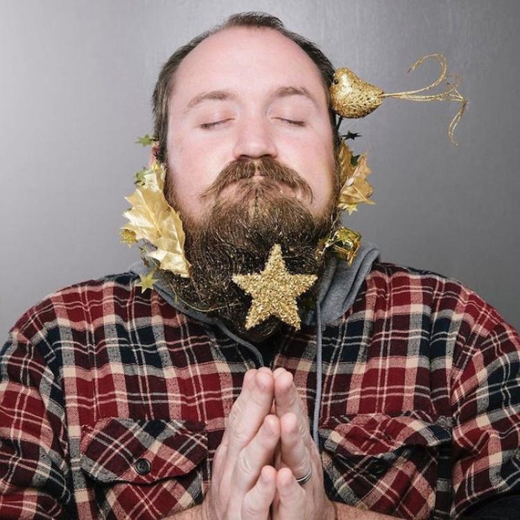 Złote gwiazdy.