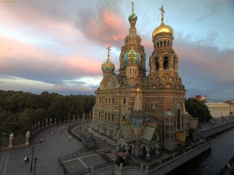 Kościół Zbawiciela i inne zabytki Petersburga.